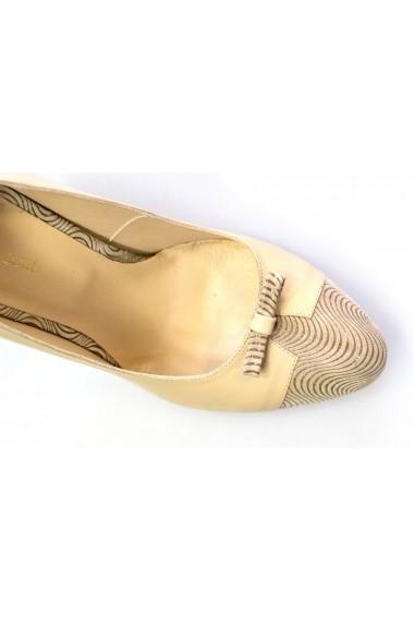 Pantofi cu toc Thea Visconti bej cu varf camel
