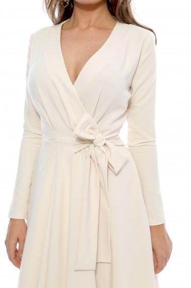Rochie ivoire Roserry petrecuta din stofa eleganta