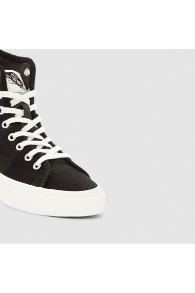 Pantofi sport dama Vans 7941587 Maro
