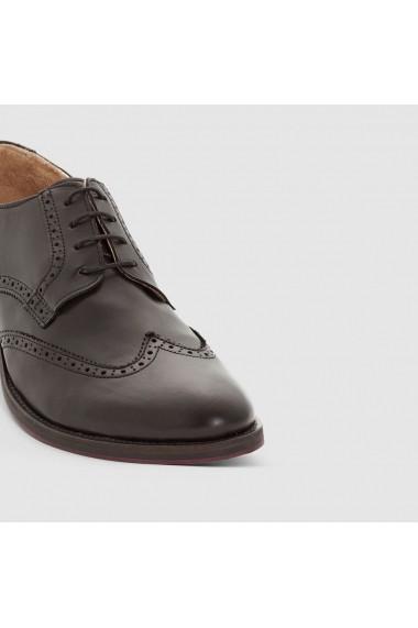 Pantofi R essentiel 8454701 Negru