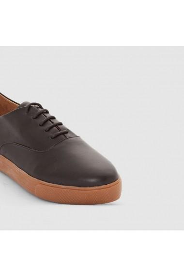 Pantofi sport R essentiel 8383928 Negru