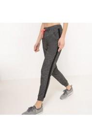 Pantaloni sport R essentiel 1778862 Gri - els