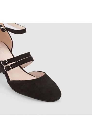 Pantofi R essentiel 4649877 Negru