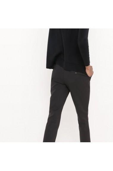 Pantaloni R essentiel 5951232 Negru
