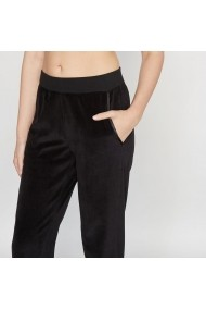 Pantaloni de pijama Louise Marnay 4718283 negru