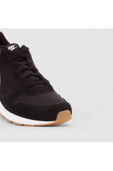 Pantofi sport NIKE 7760124 negru - els