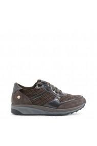 Спортни обувки   XTI 47413_GREY сиво