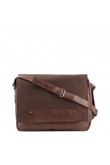a855f75402bc Férfi táskák, Férfi hátizsákok - FashionUP!