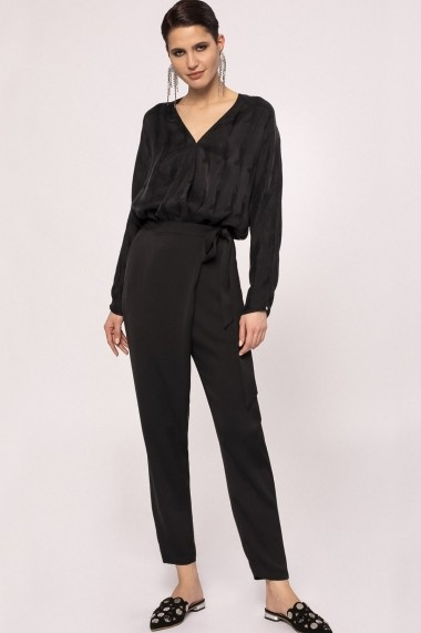 Pantaloni drepti NISSA cu efect satinat si cordon in talie Negru