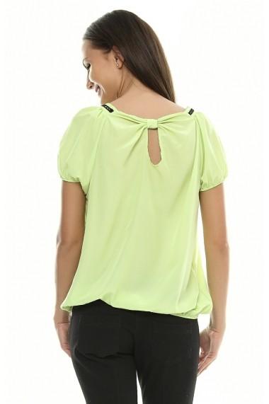 Bluza pentru femei Crisstalus cu aplicatii negre de dantela