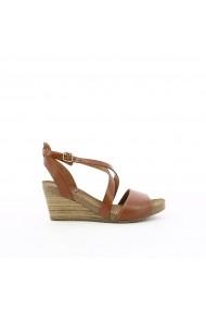 Sandale cu platforma KICKERS GGB334 maro