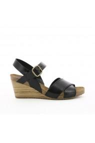 Sandale cu platforma KICKERS GGB336 negru