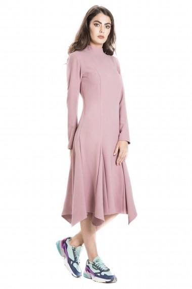 Rochie cu clini si guler tunica roz