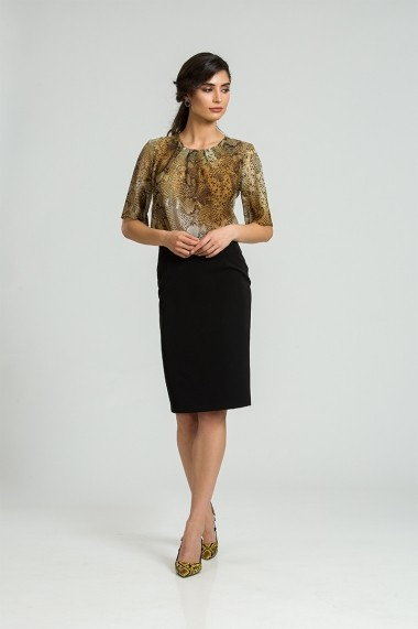 Bluza eleganta cu plii DM172