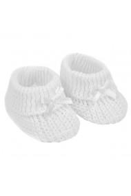 Botosei albi crosetati pentru bebelusi