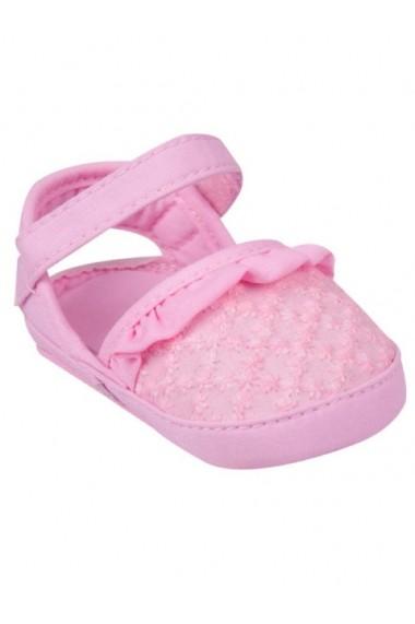 Pantofiori roz decupati cu broderie