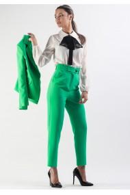 Pantaloni drepti