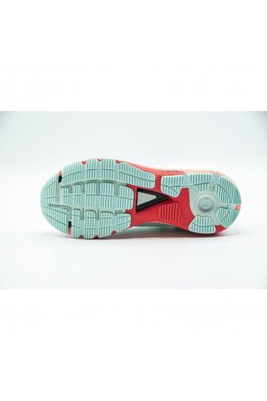 Pantofi sport femei Under Armour HOVR Machina 3021956-403