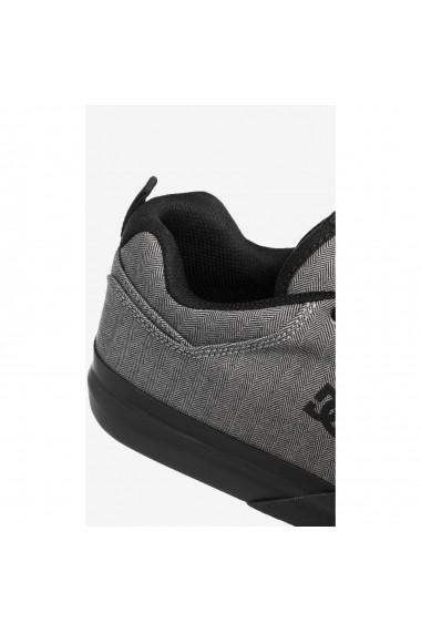 Pantofi sport barbati DC Shoes Infinite TX SE ADYS100527-KBK