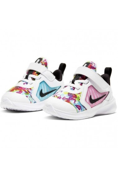 Pantofi sport copii Nike Downshifter 10 Fable Fire Pink (TD) CT5272-100