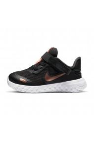 Pantofi sport copii Nike Revolution 5 CQ4651-012