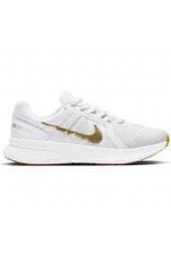 Pantofi sport femei Nike Run Swift 2 CU3528-010