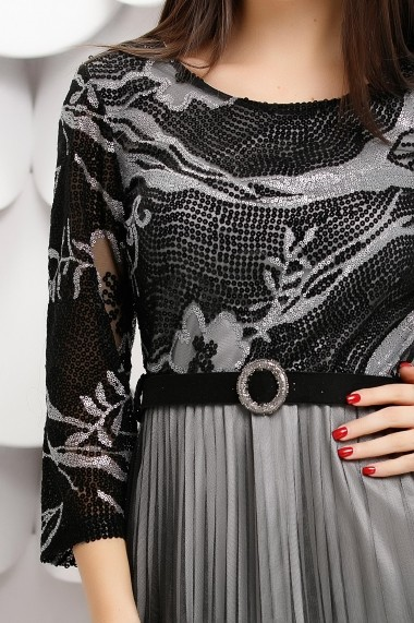 Rochie Molly neagra cu jupon gri si fusta din tull plisat
