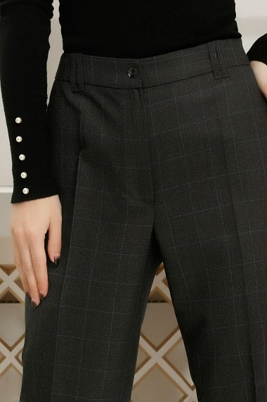 Pantaloni Debra gri inchis cu dungi albastre