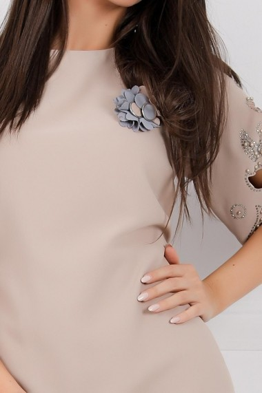 Rochie Kailyn bej cu bleu cu perle si cristale