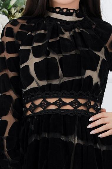 Rochie Selena neagra din catifea cu brau transparent din dantela macrame