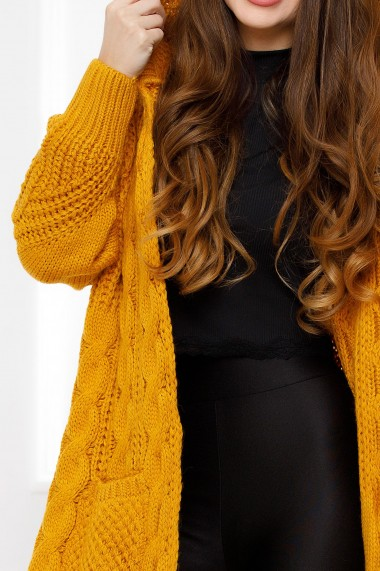 Jacheta maxi Briana mustar din tricot cu torsade si gluga