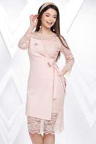 Rochie Penny roz deschis din stofa si dantela cu aspect petrecut