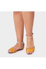 Sandale plate Carolina Boix Mustar 8266.100 Mustar