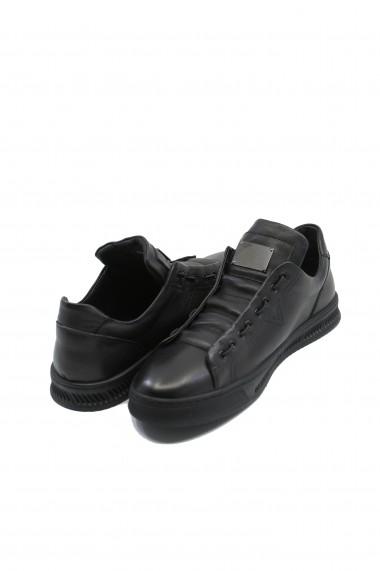 Pantofi sport slip-on negri din piele naturala