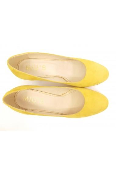 Pantofi cu toc dama din piele intoarsa culoarea mustarului