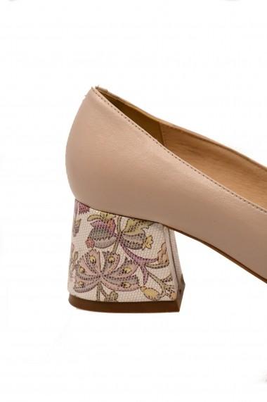 Pantofi cu toc dama din piele naturala cu toc gros flowers