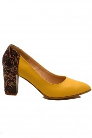 Pantofi cu toc dama galbeni din piele naturala
