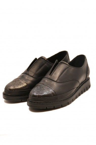 Pantofi dama slip-on negri din piele naturala