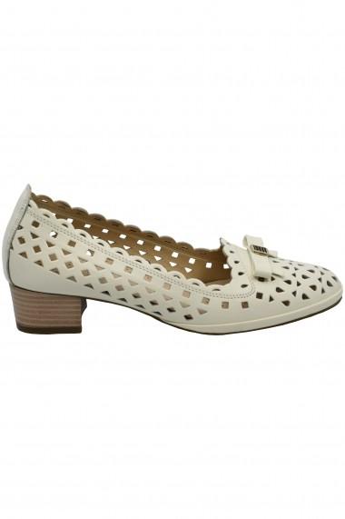 Pantofi cu toc crem perforati dama
