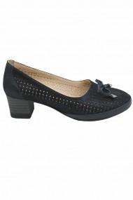 Pantofi dama negri perforati  din piele intoarsa