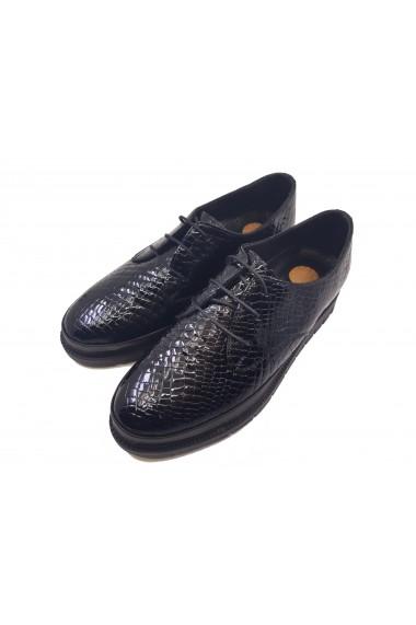 Pantofi dama negri din lac cu siret
