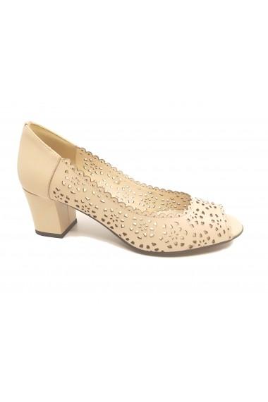 Pantofi dama nude perforati din piele naturala