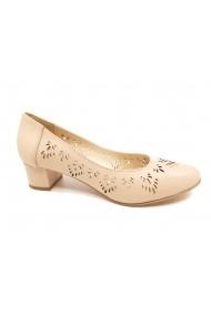 Pantofi cu toc dama nude din piele naturala cu perforatii