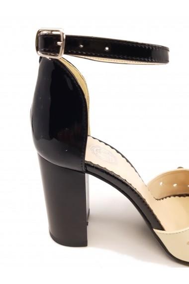 Sandale elegante negru cu auriu din piele naturala cu flori aplicate