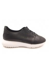 Pantofi sport negri cu siret din piele naturala