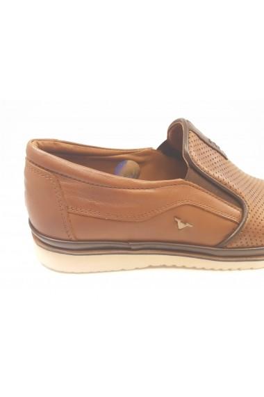 Pantofi casual maro perforati In Tempo