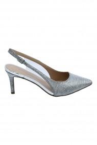 Pantofi dama decupati argintii eleganti