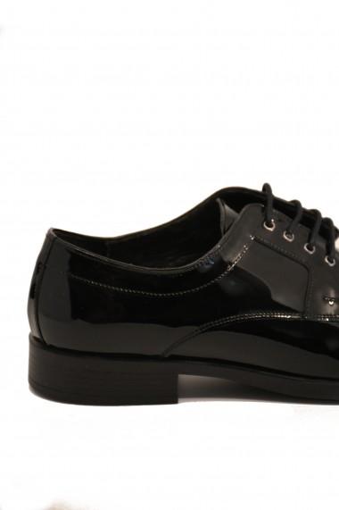 Pantofi negri eleganti din lac pentru barbati