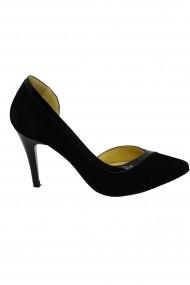 Pantofi decupati stiletto  negri din piele intoarsa