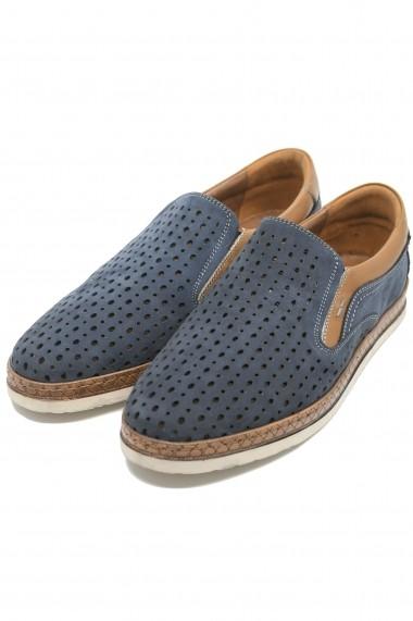 Pantofi slip-on bleumarin perforati dn piele intoarsa